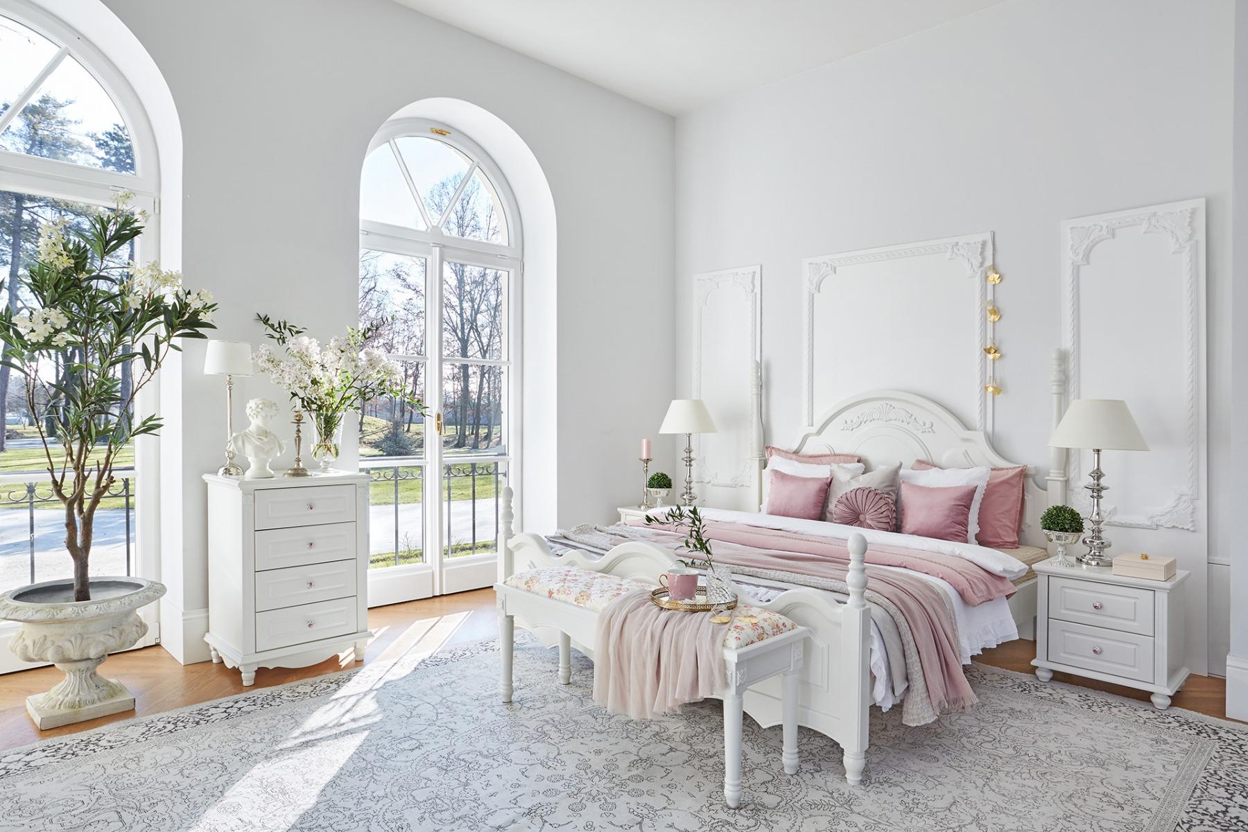 white_bed_victoria_876