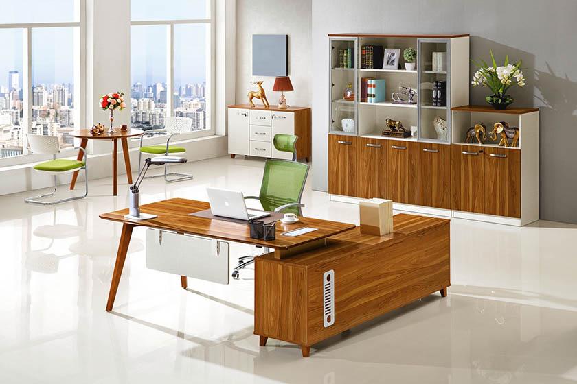 Kolekcja Evolutio to nowoczesne meble do biura. To idealna propozycja do dużych i małych wnętrz.